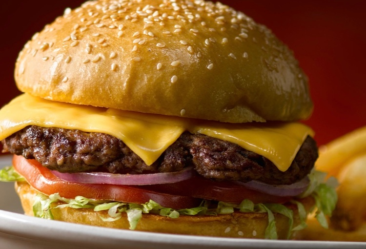 The Perfect Classic Cheeseburger